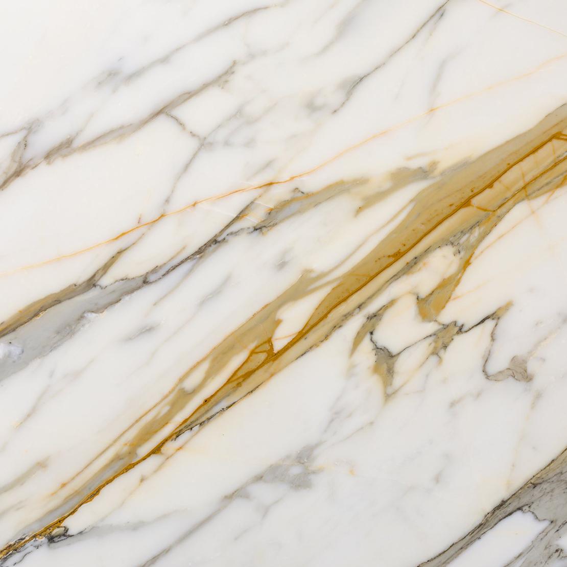 calacatta-vena-oro